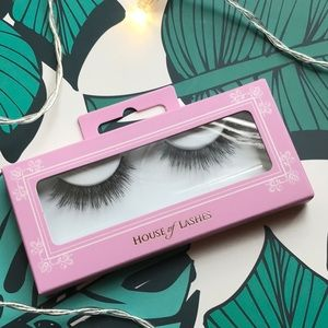 House of Lashes Featherette NIB
